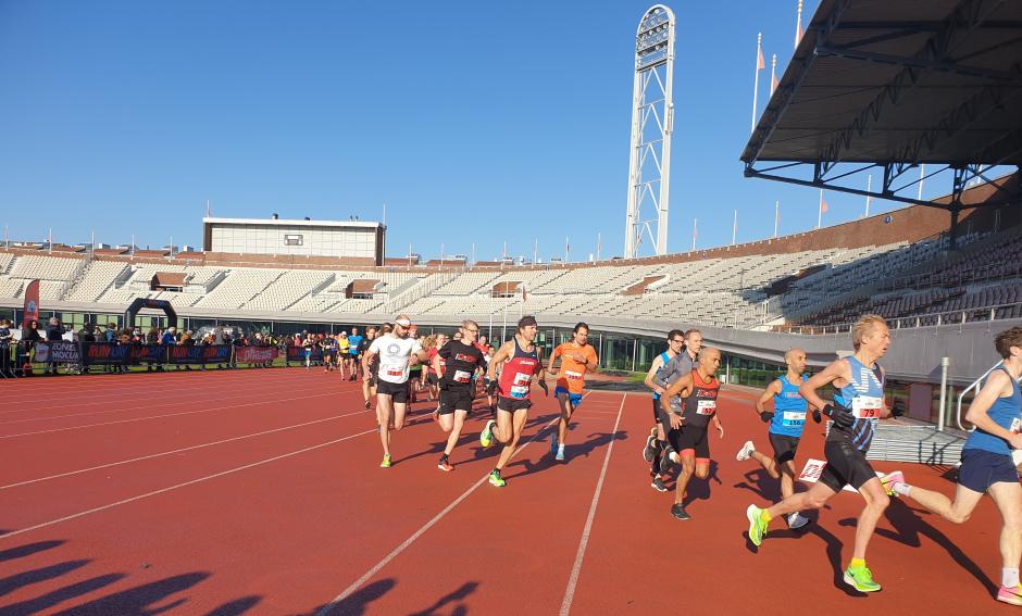 Phanos Olympisch Stadionloop 2020 - start Olympisch Stadion 5K